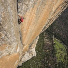 FreeSolo_01-c-National-GeographicJimmy-Chin